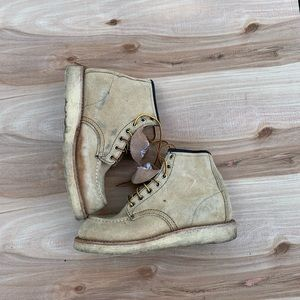 Redwing boots size 4 boys, excellent condition